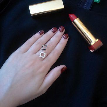 Rossetti Bizsu gyűrűk és hozzájuk illő ruhák karácsonyra – Földvárszki Nóra bejegyzése