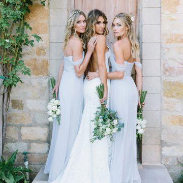 Esküvői kiegészítők menyasszonyoknak, koszorúslányoknak, vendégeknek